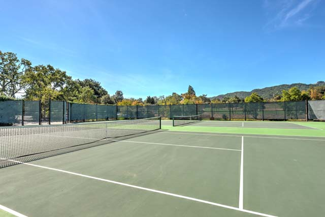 Enjoy playing tennis? We have you covered